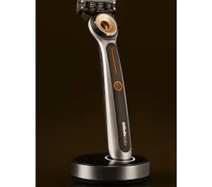 Gillette brings first heated razor to market